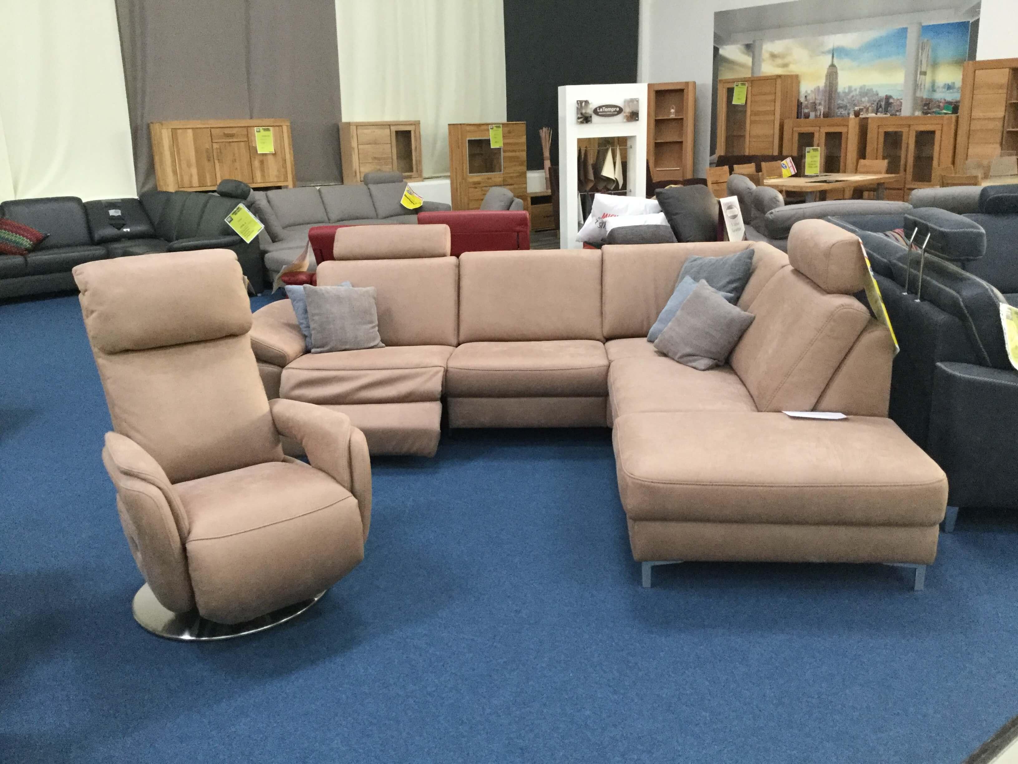 hukla modell mit wallaway funktion m bel punkt. Black Bedroom Furniture Sets. Home Design Ideas